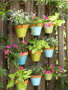 dco-pots-fleurs-peints-plantes-fleurs-jardin-vertical